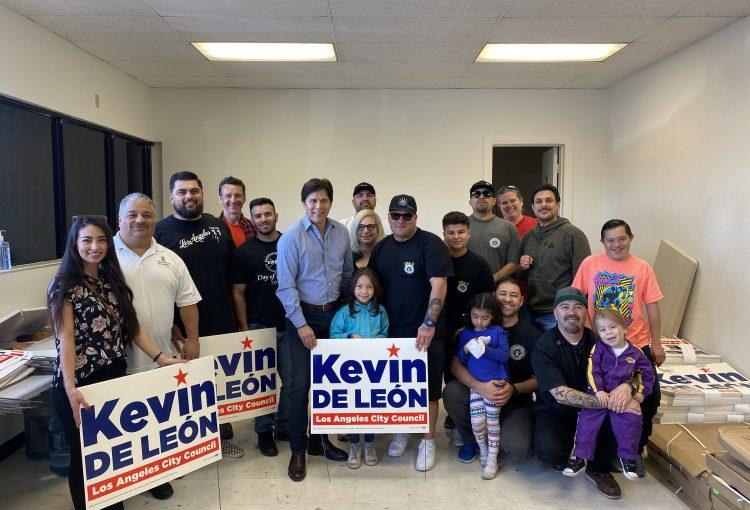 Precinct Walking for Kevin De Leon